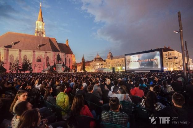 Proiectie Povestea Iubirii - Piata Unirii | Foto: Chris Nemes